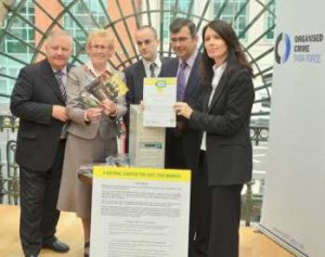 At the Northern Ireland launch of the Real Deal, at St George's Market, Belfast. Left to right : Pat Dyer, Chairman of the Belfast branch of the National Traders Federation; May Campbell, High Sheriff of Belfast; Eddy Leviten, Head of Communications FACT; ACC Harris, PSNI; Patricia Lennon, Real Deal Campaign Director.